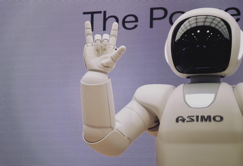 Roboter digitalisieren den Unterricht
